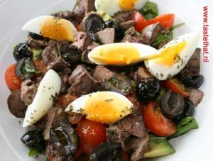 Salade-van-avocdo-en-kippen